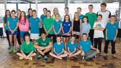 Thumb alle vaterstettener schwimmer mit trainer in augsburg
