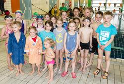 Thumb junge nachwuchsschwimmer in riemerling